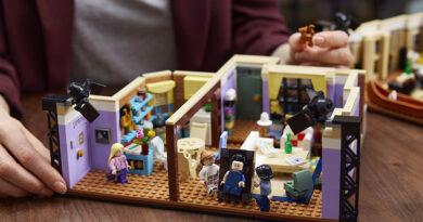 """LEGO® prepara lanzamiento de su nuevo set inspirado en la icónica serie de televisión """"FRIENDS"""""""